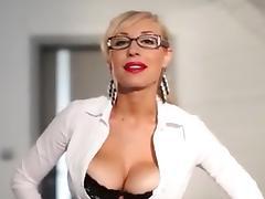 Slut with big boobs rubs her clitoris