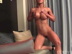 Megan Avalon 02 - Female Bodybuilder