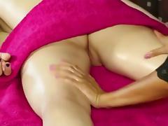 Lesbian massage. Emo Hearts