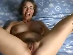 Hell Hot Hairy Amateur Mature Beats Up Her Pussy