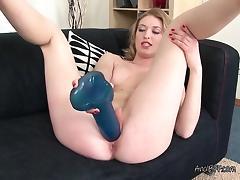 Bombshell Carolina C Misses BF And Masturbates