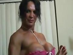 FEMALE BODYBUILDER RHONDA, POSES, TOYS, AND FUCKS