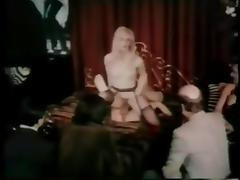 KADIN SEX DE MUSIK WIFE SINGS BY SEX