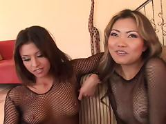 Jayna Oso lays on her back and moans while she is throbbed anal close up