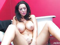 Super sexy Jayden Jaymes teases and masturbates