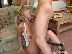 Phyllisha Anne enjoys a kinky fuck with a pussy craving hunk