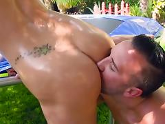Backyard fuck in extreme modes with nude Kenzie Taylor