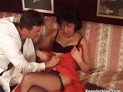 Mature slut gets tight asshole fucked