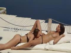 lezzie lovers enjoying unbelievable sex