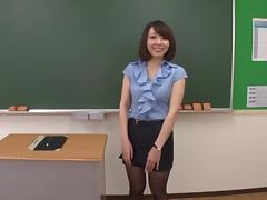Mina Wakabayashi the Horny Teacher Gets Fucked In Class