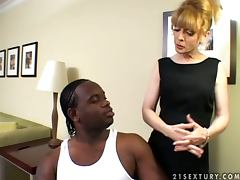 Dirty MILF Nina Hartley seduces her black assistant