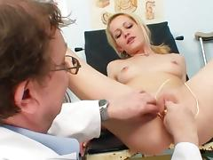 Teen blonde Adele Sunshine is fucking with dildo